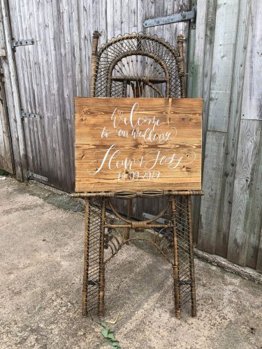 vintage-bamboo-easel